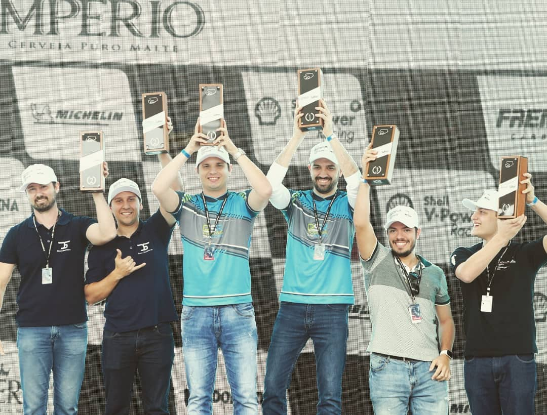In the top of the podium of the Interlagos circuit